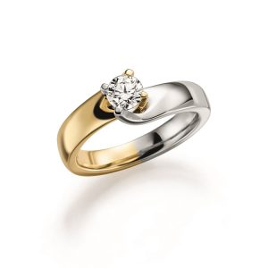 engagement ring with Diamond in yellowgold with whitegold
